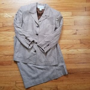 Evan-Picone Houndstooth Skirt Suit 14